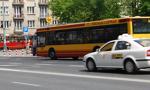 Ile biletów komunikacji miejskiej kupisz za średnią pensję w danym województwie?