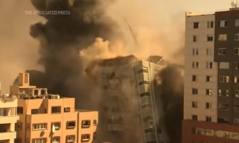 Izraelski ostrzał zniszczył wieżowiec, w którym mieściły się biura AP i Al-Dżaziry
