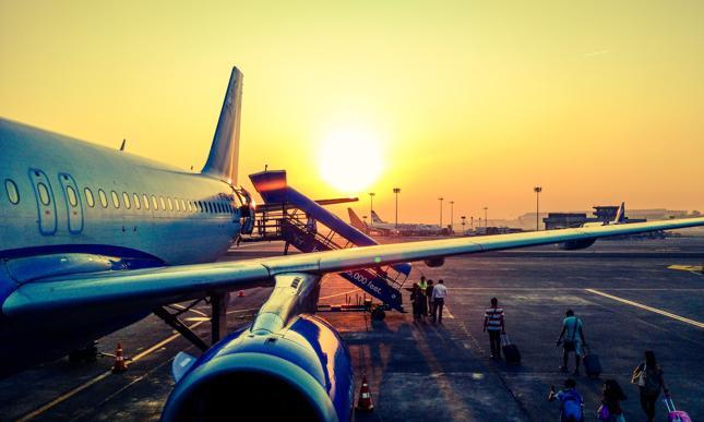 """KE: 115 linii lotniczych na unijnej """"czarnej liście"""" zakazu lotów w UE"""
