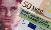 Kurs euro wraca na 4,33 zł, a frank poniżej 4 zł. Podrożały funt i dolar