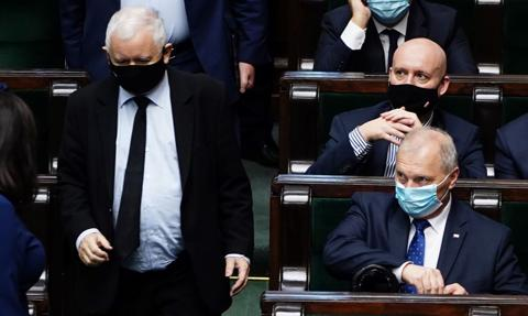 """Kołakowski: """"Piątka dla zwierząt"""" godzi w nasz byt ekonomiczny"""