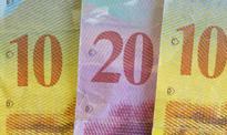 Kurs franka flirtuje z wielomiesięcznym dnem