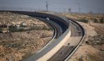W Izraelu otwarto autostradę rozdzieloną murem na dwie części