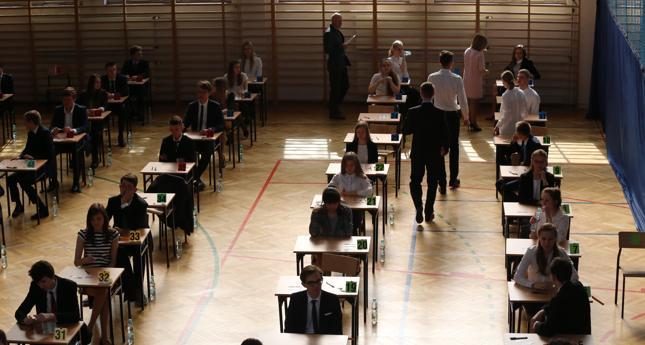 Wyniki matur na stronach OKE. Egzamin dojrzałości zdało 85 proc. absolwentów