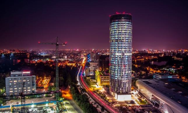 Najwyższy budynek w Rumunii ma swojsko brzmiącą dla Polaków, szczególnie wrocławian, nazwę: Skytower.