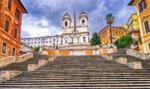 Policja przepędza turystów ze Schodów Hiszpańskich w Rzymie