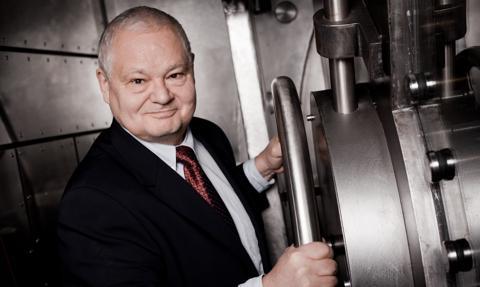 Prezes NBP: Polacy ufają gotówce