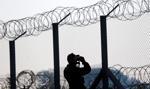 Węgry: kamerzystka, która kopała imigrantów, skazana na dozór kuratorski