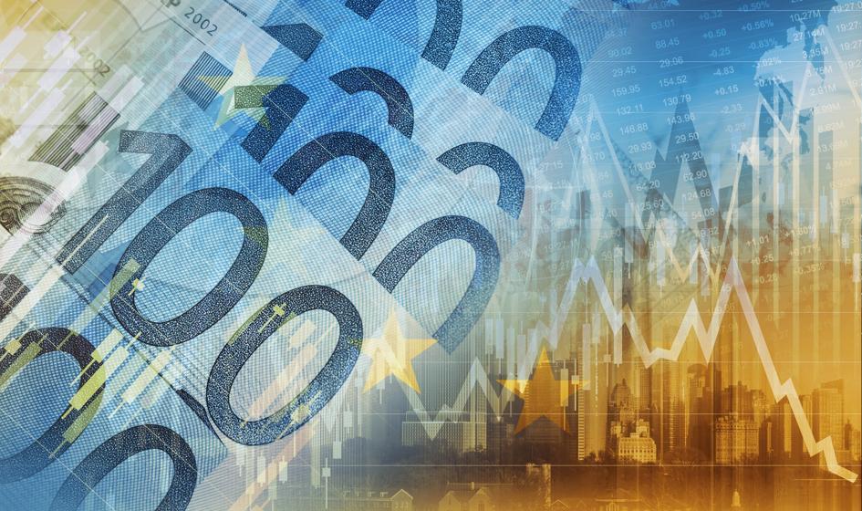 Kurs euro wciąż wysoko. Dolar blisko szczytu