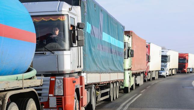 Mamy prawie najwięcej starych ciężarówek w Unii Europejskiej [Wykres dnia]
