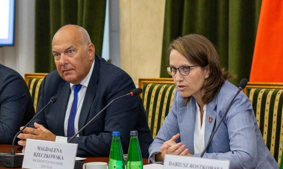 Rzeczkowska: Polska wystąpiła do KE o zgodę na system e-faktur