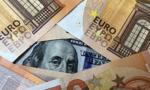 Kurs euro bliski 4,58 zł. Dolar tanieje
