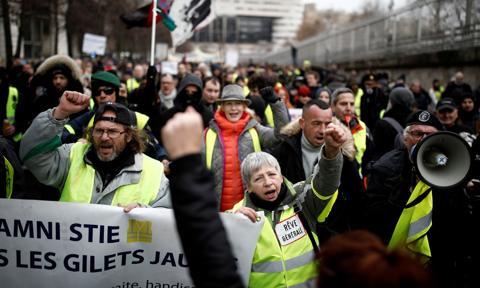 Strajkujący zamknęli największą hydroelektrownię we Francji