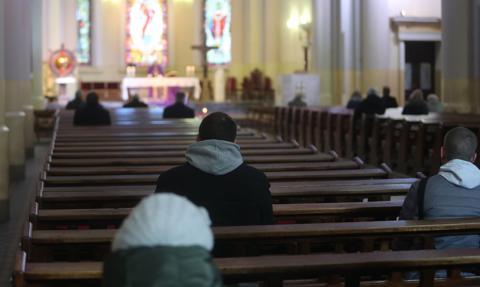Rząd poluzował restrykcje dla kościołów