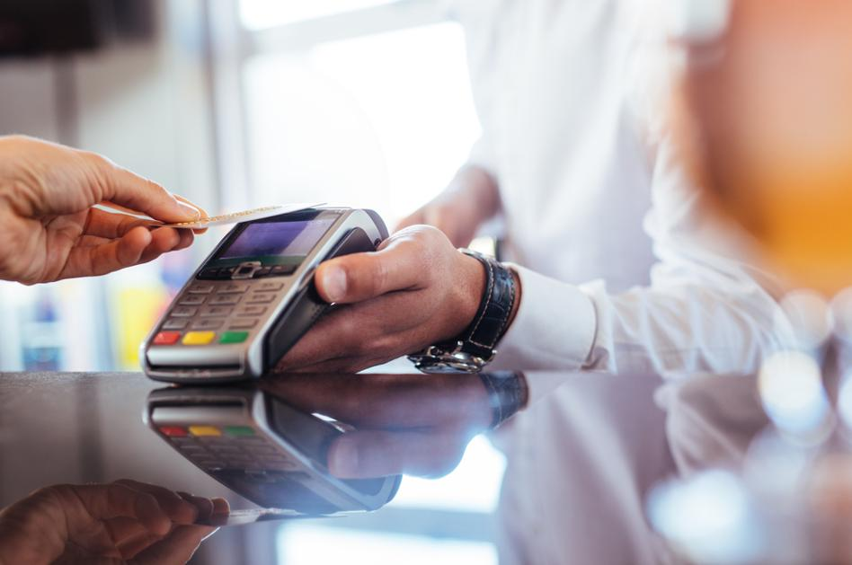 Mastercard czy Visa. Którą kartę płatniczą wybrać?