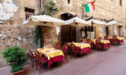 """Restauracja we Florencji nie obsługuje polityków. """"Zapomnieli o branży gastronomicznej"""""""