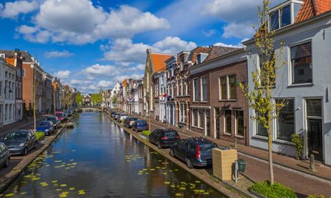 W Holandii najmniej nowych zakażeń koronawirusem od września 2020 r.