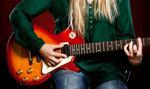 Włochy: grał w nocy na gitarze elektrycznej, by zmusić sąsiadki do wyprowadzki