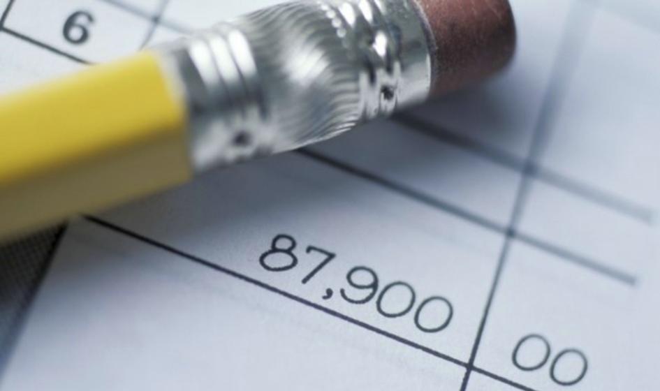 Zeszyt i ołówek wygrywa z komputerem – tak Polacy prowadzą finanse osobiste