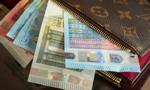 Złoty próbuje odrabiać straty. Kurs euro poniżej 4,30 zł