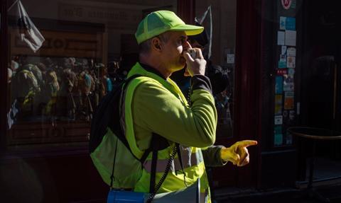 """Wzrost cen paliw we Francji. """"Żółte kamizelki"""" wracają na ulice"""