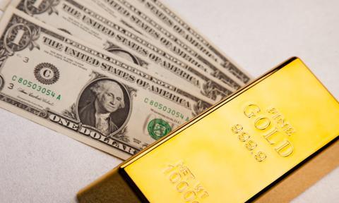 Złoto zyskało przed Fedem