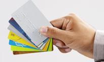 Boczoń: Karta bankomatowa to bunt banków