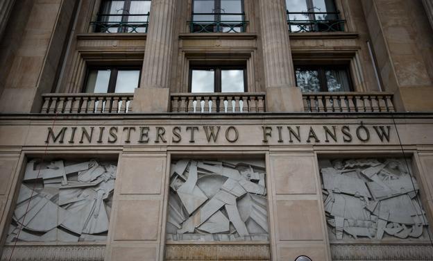 Jak Polacy powierzają oszczędności rządowi
