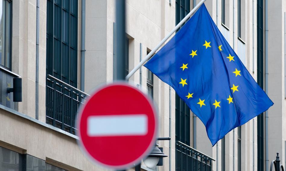 Szefowie MSZ państw UE zdecydowali o przedłużenia sankcji na Rosję