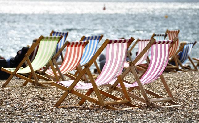 15 oszustw, na które lepiej uważać na wakacjach