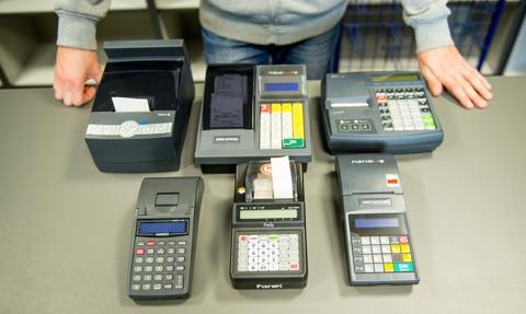 Rząd przyjął projekt noweli ustaw wprowadzających kasy online