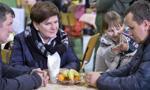 Ewakuowani ze wschodniej Ukrainy już w Polsce. Szydło: Witajcie w domu
