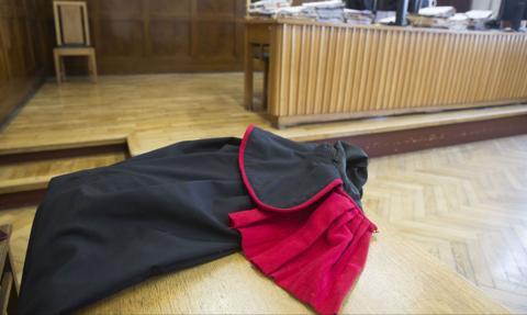 Prokuratura: Są zarzuty dla funkcjonariusza Straży Marszałkowskiej