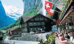 Szwajcarzy poparli ściślejszą kontrolę nad bronią i zmiany w podatkach dla firm