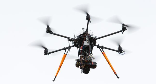 Będzie łatwiej latać dronami. Nowe zasady ruchu lotniczego już w przygotowaniu