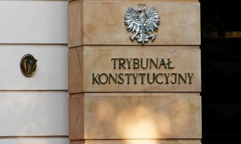 Obniżka emerytur dla funkcjonariuszy PRL. Wtorkowy wyrok TK odwołany