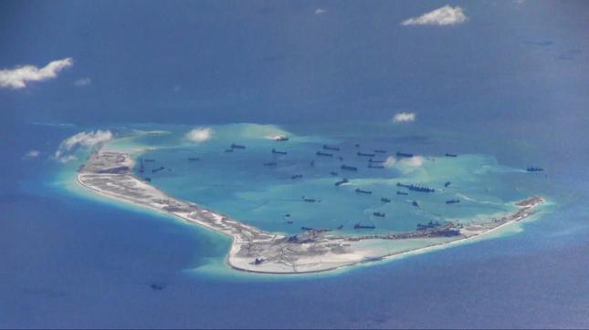 Japonia: dwa chińskie okręty wpłynęły na japońskie wody terytorialne