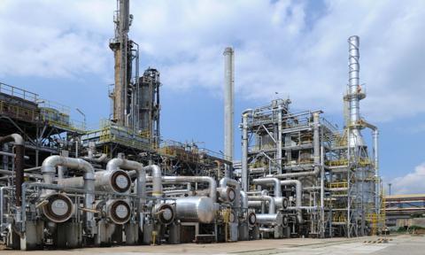 Biełnaftachim: Nie ma mowy o zmniejszeniu dostaw ropy w maju