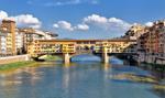 Ogromna rozpadlina w centrum Florencji. Zagrożone zabytkowe pałace