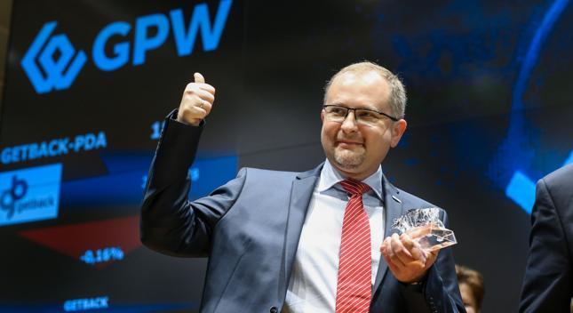 Podczas debiutu GetBacka Konrad Kąkolewski był wychwalany, na GPW zapamiętany zostanie jednak jako postać, która doprowadziła drugiego największego w Polsce windykatora do niewypłacalności