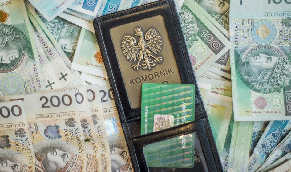 Komornicy muszą oddać blisko 38 mln zł z rządowej tarczy