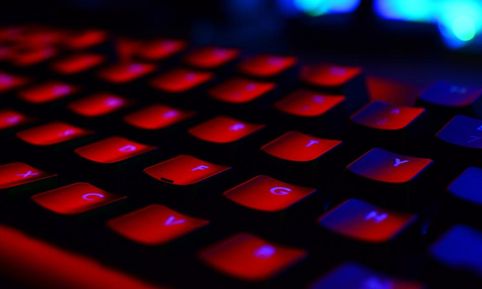 Oszuści wyłudzają dane kart płatniczych klientów serwisu OLX