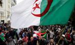 Algieria: kilkadziesiąt tysięcy protestujących domaga się reform
