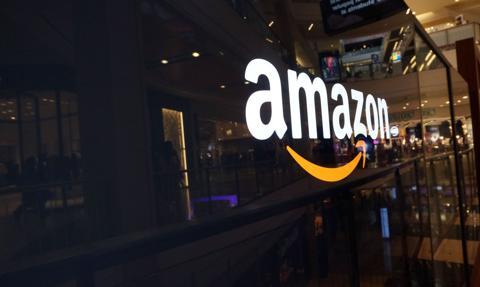 Amazon ujawnił wzywające do przemocy wpisy z Parlera