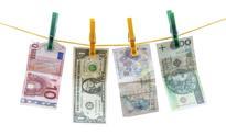 Złoty może stracić kolejne 10 proc. w relacji do głównych walut