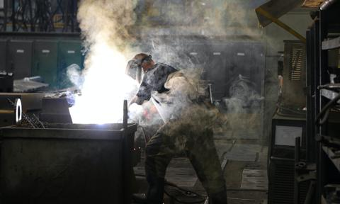 Polski przemysł trzyma się mocno. Dynamika produkcji podbita przez efekt lockdownu