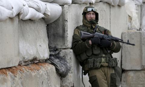 Szef ukraińskiej SG: Rosjanie wycofują wojska z Krymu, ale nie w obwodzie woroneskim