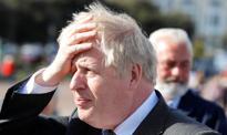 Szczepienia przestają przykrywać problemy premiera Johnsona