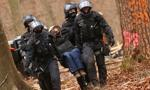 Niemieccy ekolodzy kontra policja; brutalne starcia w lesie Dannenroed