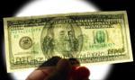 Na koniec roku dolar będzie kosztował kilkanaście groszy powyżej 4 złotych